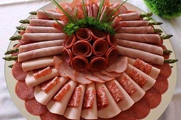 Нарезка колбасы и сыра красиво пошагово