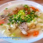 Суп куриный с клёцками