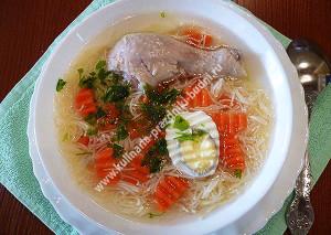 Суп лапша на курином бульоне