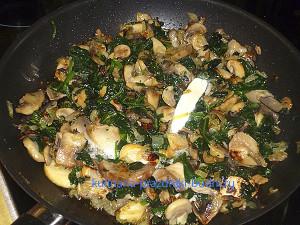 Феттучини с грибами и шпинатом