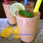 Фреш-коктейль из тропических фруктов