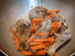 Курица тушеная с овощами фото