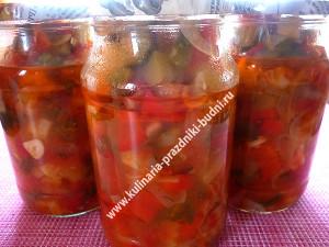 Салат из кабачков и огурцов фото