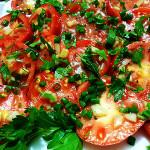 Вкусная закуска из помидоров
