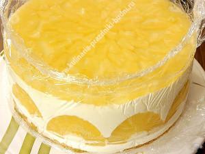 Йогуртовый торт с фруктами фото