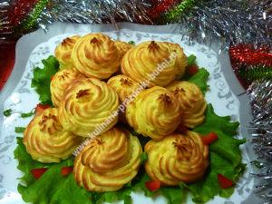 Картофельные розочки в духовке