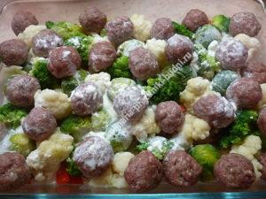 Запеканка с фаршем и овощами в духовке