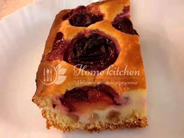 Дрожжевой пирог со сливами рецепт с фото